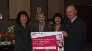 Bromsgrove council representatives holding the official pledge